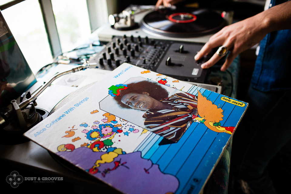 Dust_and_Grooves_2414